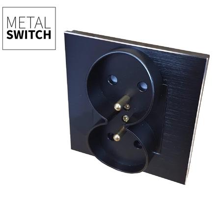 Gniazdko podwójne czarne w ramce aluminiowej kolor czarny (1)